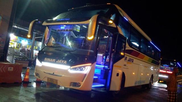 Layanan Bus Sinar Jaya Rute Slawi-Jakarta, Ternyata Kini Berbeda