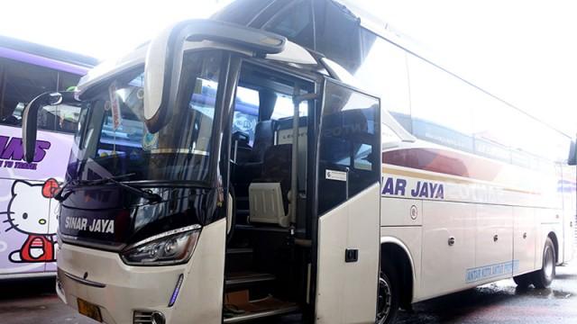 PO Sinar Jaya Andalkan Transporter Bus, Terima Pengiriman Motor