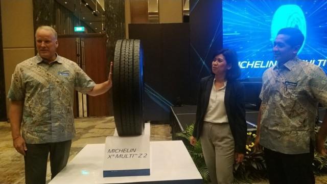Michelin Luncurkan Ban Radial untuk Truk dan Bus
