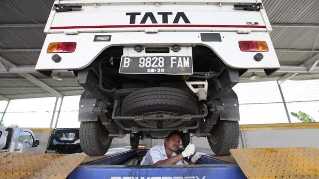 Tata Motors Pasarkan Truk dan Pikap Via Showroom M3 Di Makassar