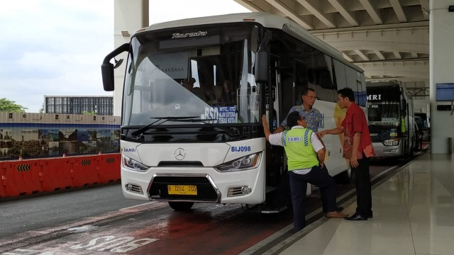 Bus Bandara Damri Kini Layani Rute Mojokerto Ke Juanda