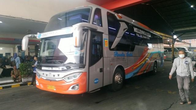 PO Rosalia Indah Buka Trayek Merak-Solo-Surabaya Dengan Scania