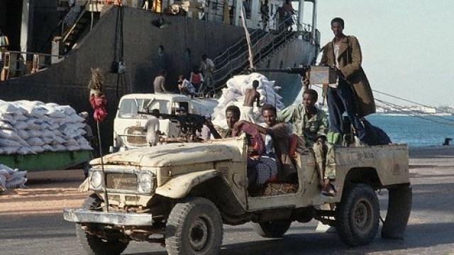Toyota War : Perang Chad-Libya Libatkan Pikap Land Cruiser Dan Hilux