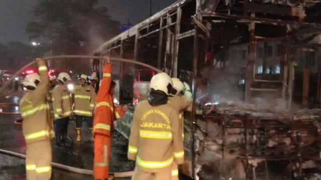 Bus Transjakarta HIno CNG Terbakar di Pasar Baru, HMSI: Kami Ikut Bertanggung Jawab Bantu Investigasi
