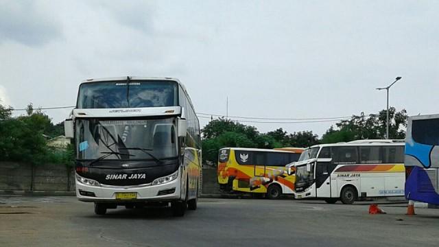 Sejumlah 300 Bus Diizinkan Beroperasi Layani Rute Dari Jakarta