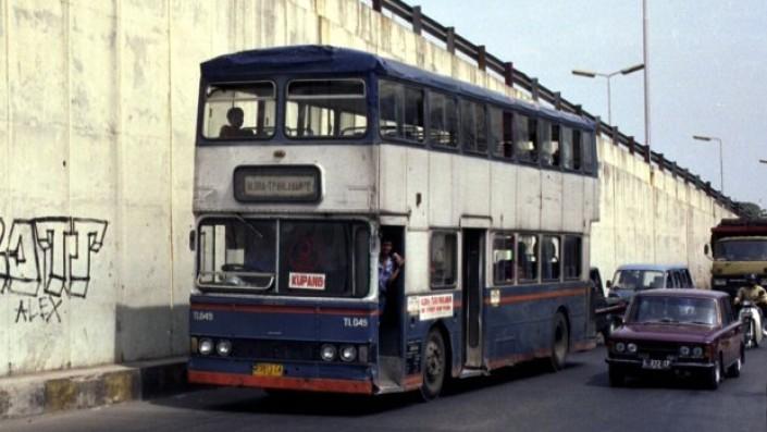 Ide Orisinal Bus Tingkat Bukan Dari Inggris